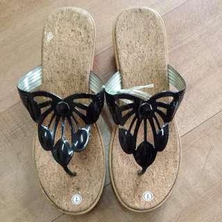 Last Pair! Ladies Wedge Sandals