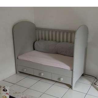 Preloved IKEA Gonatt Baby Crib