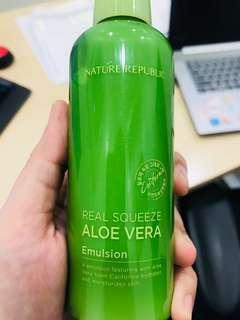 Nature Republic Real squeeze aloe vera emulsion