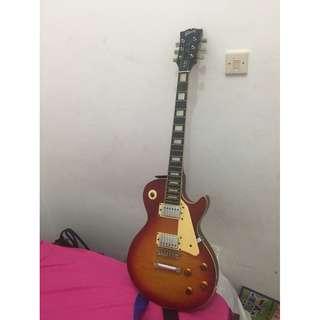 Gitar Listrik + Amplinya MURAH!!