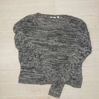 Uniqlo sweater