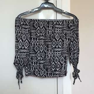 3/4 black off-shoulder in aztec print