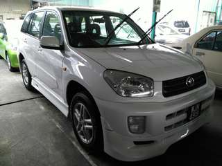 Toyota rav 4 2.0 at