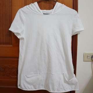 🚚 (代售) A La Sha短袖白色帽T