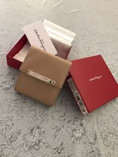 Brand new Salvatore Ferragamo lipstick case 絕版全新唇膏包