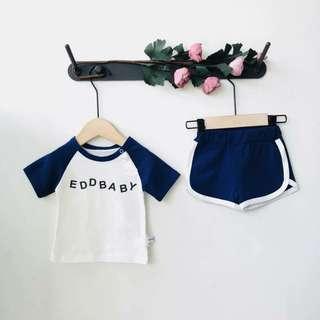 🚚 現貨-學院風插肩字母T+短褲套裝