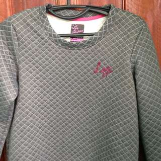 Lee Pipes sweater