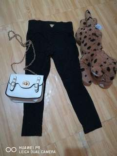 Guess black Leopard print jeggings for 5-6