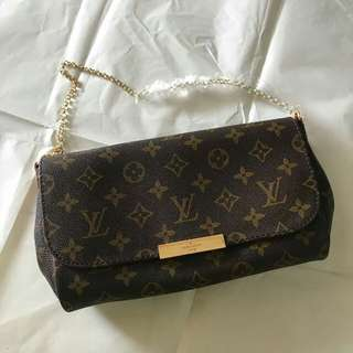 #KayaRaya Louis Vuitton Sling Ready stock