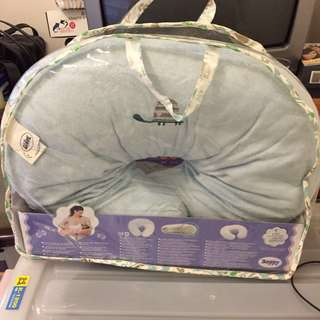 🚚 Chicco哺乳枕