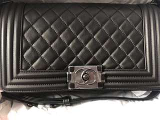 Boy Chanel 100%新 25cm (medium size) Black A67086  可議價