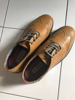 Preloved Ben Sherman sepatu oxford fashion Bukan zara