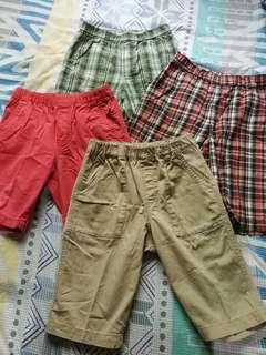 Take all Uniqlo easy shorts (size L)