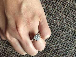 Valentine Crystal Ring (with 14K white gold)