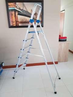Aluminum Utility Ladder