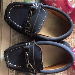 Unisex baby shoe