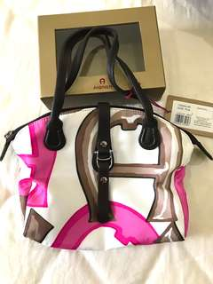 Aigner medium bag