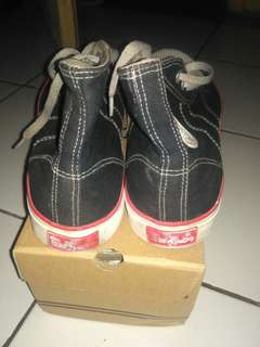 Warrior classic shoe