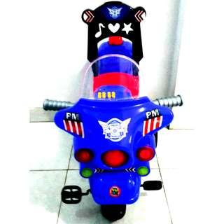Mainan Sepeda Anak Roda 3 Bentuk Motor Patwal Polisi / SPM 626