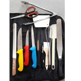 Knife set and pastry equipment