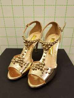 Rupert sanderson 37.5 gold studs high heels