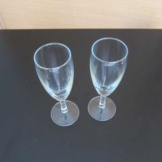 2x Daiso champagne/wine glasses