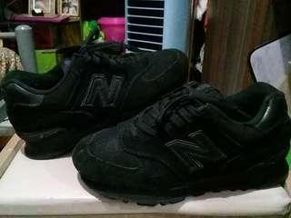 Original NB 574 10/10 Looks Unused Size 37/37.5/24cm Php1500