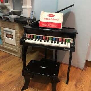 Onshine Grand piano
