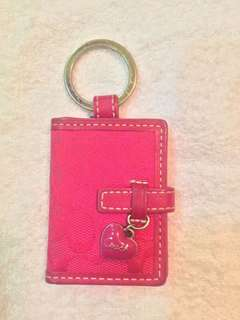 90% off!🎉 Pre-loved authentic Coach pink monogram key chain