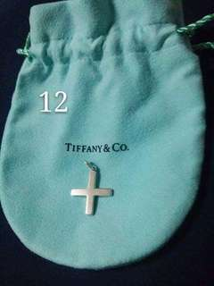 Tiffany 十字架吊咀