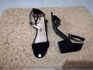 Black Heels (velvet)