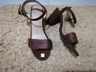 Feathers Heels (Brown)