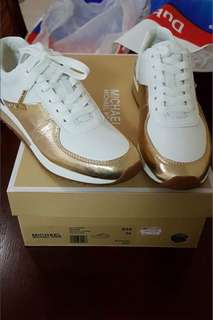 Rush Sale‼️Authentic❗️ Michael Kors trainer Sneakers.