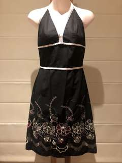 NWOT REVIEW (8) DRESS
