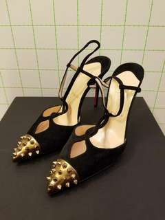 Christian Louboutin 38.5 全新 suede studs high heels