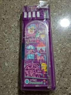 Brand new Smiggle pencil case (box E3)