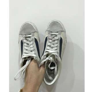 🚚 Vans style 36