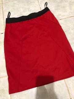 Red skirt (pencil cut)