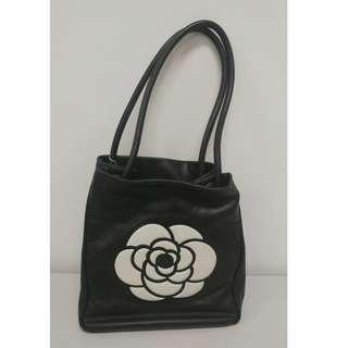 Chanel Vintage bag 羊皮, 有卡有貼, 尺寸大約 24H x 24W x 10D cm, 議價不回