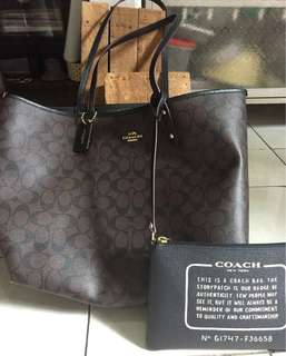 Coach tote reversible