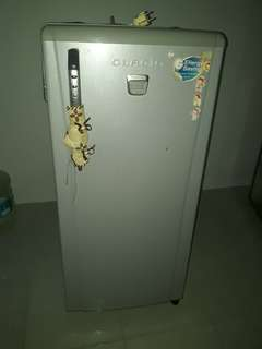 Kulkas 1 pintu toshiba glacio