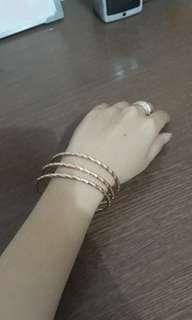 Gelang gratis cincin (2)