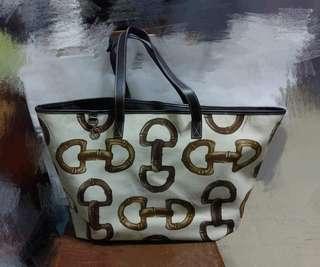 Gucci tote bag 可上膊