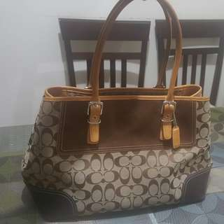 Coach Semi Large Bag (authentic) marked down 2500