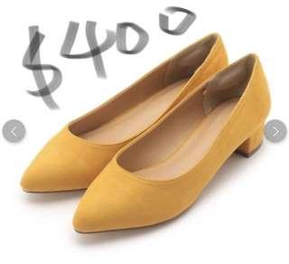 日本代訂 黃色矮跟高踭鞋