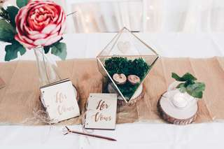 Solemnisation table styling