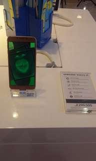 Handphone Samsung Galaxi J4
