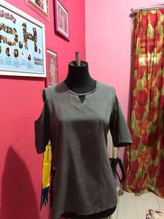 001 Gray Top (35ribu)