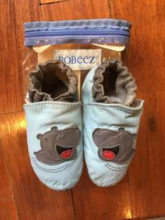 (18-24 mos) Robeez soft sole baby shoes