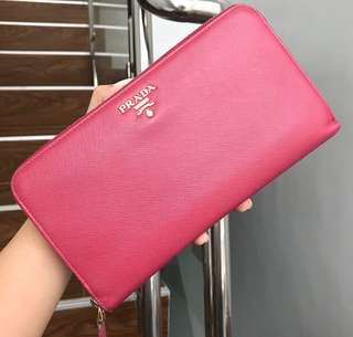 Prada Zippy Wallet authentic